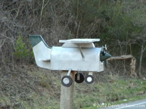 Powell Airplane Mail Box
